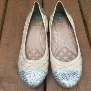 Vince Camuto Fawna Ballet Flats Tan Silver 7.5